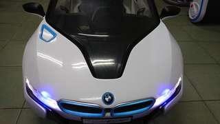 超跑BMW I8 兒童電動車W480QHG原廠授權版 緩啟動雙驅動 高質感皮椅 搖控自駕皆宜 小朋友最愛的禮物 耶誕禮物 新年禮物 生日禮物 electric car ,kid