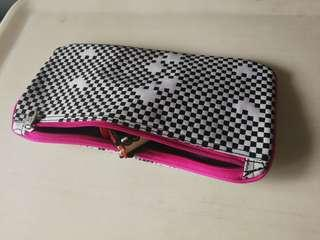 Case like stationary bag