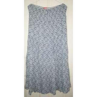 USED Size L Long Skirt