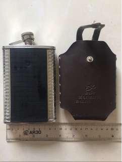 二手不鏽鋼酒瓶 隨身瓶 隨身小酒壺帶皮套 200ml