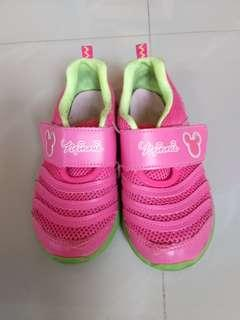 Minnie shoes(size 19)
