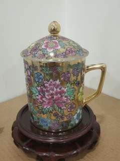 80年代 景德鎮 金萬花 有蓋茶杯 水杯 瓷器 茶具 (不含底座)