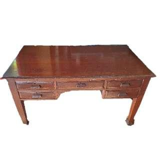 Antique Woody Study Table