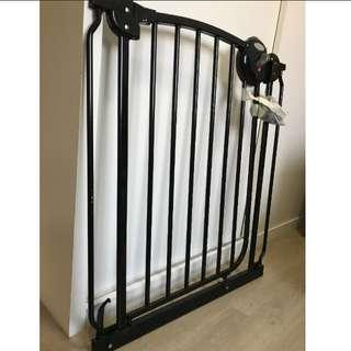 Lucky baby Safety gate for sale