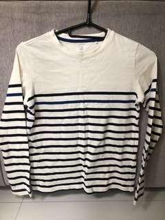 Uniqlo KIDS Boys Striped Long Sleeve T-Shirt (size 140)