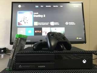 Xbox one with 2 Controllers w/games