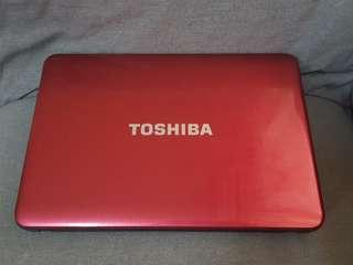 Toshiba Laptop model satellite C840 like new