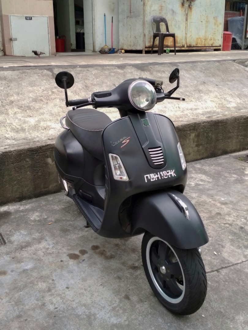 2013 vespa gts 300 super sport motorbikes motorbikes for sale class 2a on carousell. Black Bedroom Furniture Sets. Home Design Ideas
