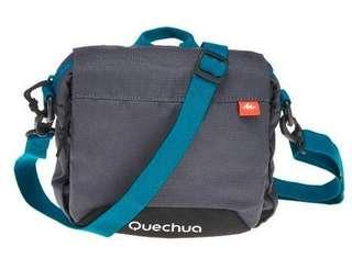 Multicompartment small bag for hiking