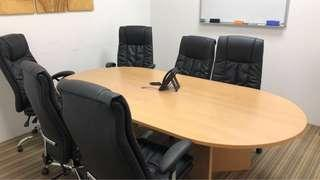 Chairs and table 9/10 condition