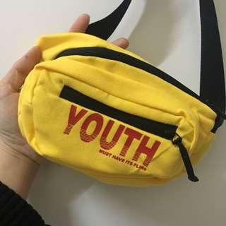 🚚 全新❤️黃色小腰包