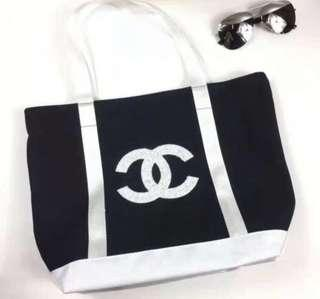 2019 Chanel Precision Makeup sequined tote bag