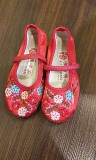Preloved CNY Girl Shoes