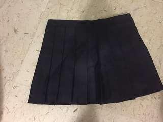 Black plaited skirt