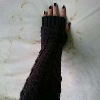 ⛄Winterwear sales* Dark Brown Cable Knit Long Arm Warmer *Free UV Arm cover*