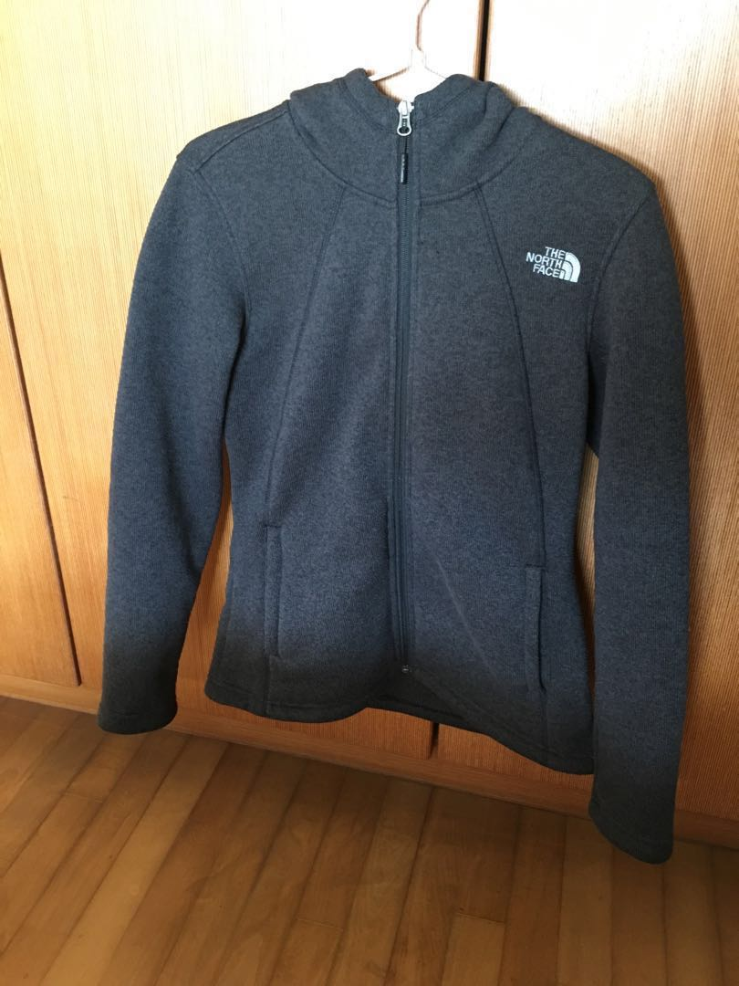 7014f1700 Authentic North Face fleece jacket for women