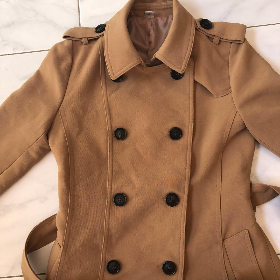 BNWOT Trench coat