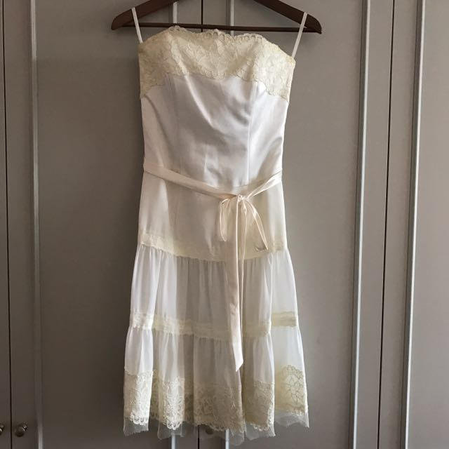 af9009649f8 Bustier Lace Dress (off-white), Women's Fashion, Clothes, Dresses ...