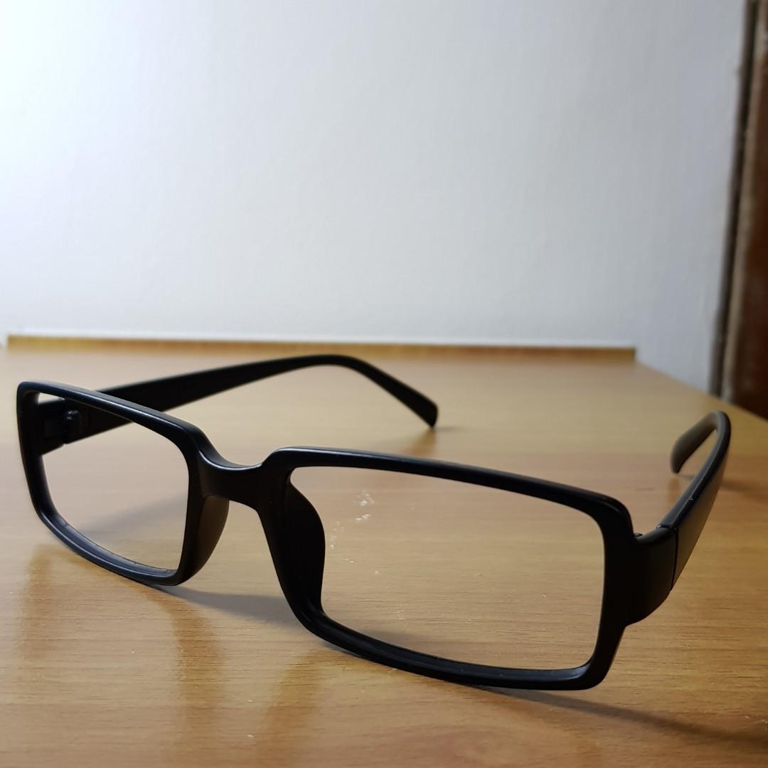 31a98849e1 Frame Kacamata Ringan - Warna Hitam