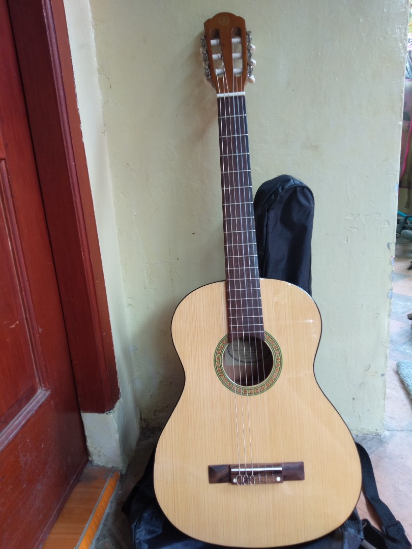 Gitar 3 4 Yamaha G 225 Music Media Instruments On Carousell