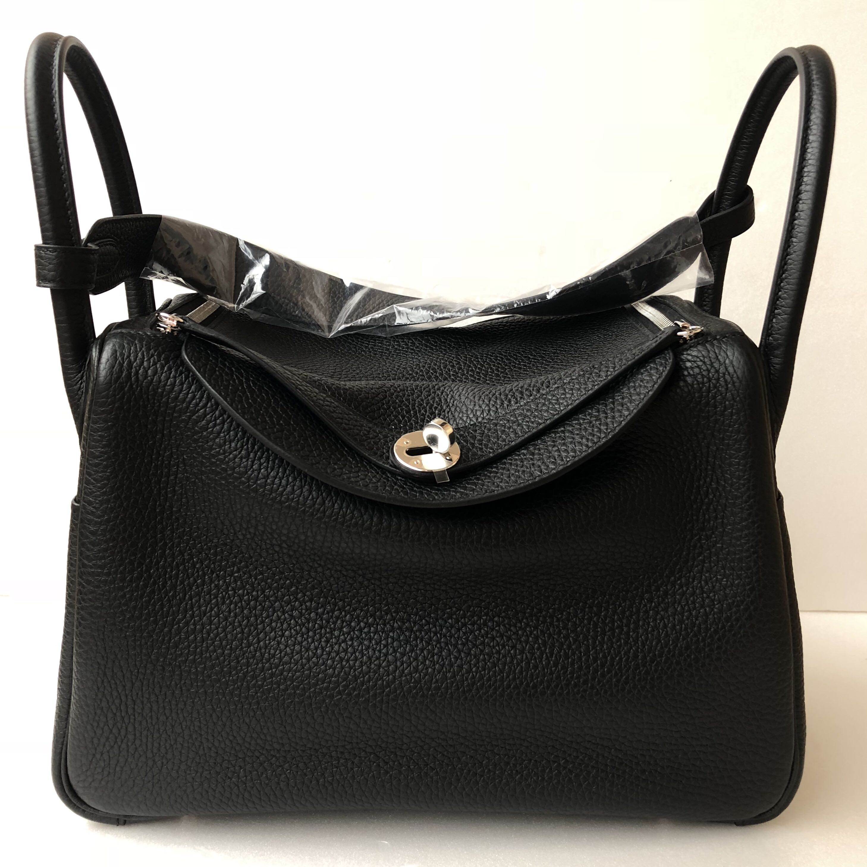 Hermes - Black Lindy 30 in Taurillon Clémence with PHW, Luxury, Bags    Wallets, Handbags on Carousell 5281b95d57