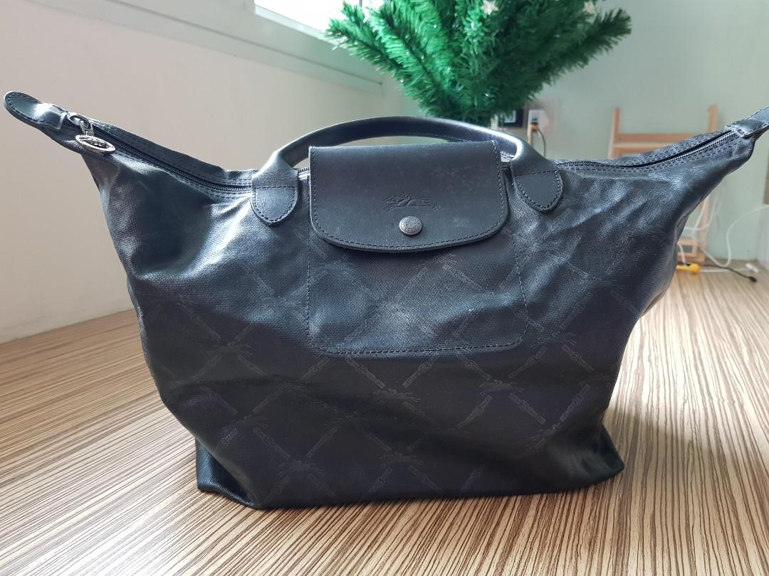 d15b467e8ab Longchamp Bag, Women s Fashion, Bags   Wallets, Handbags on Carousell