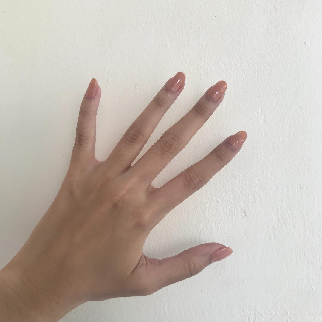 nail polish NUDE color 98%