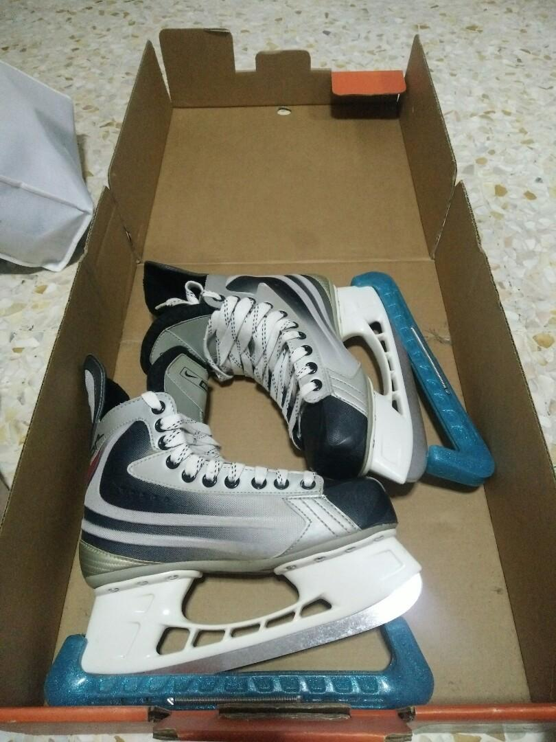 Nike Bauer Ice Skates Size US 7 5, Sports, Sports & Games