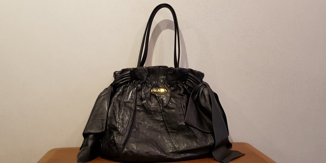 e2f7860686fe PRADA NERO, Women's Fashion, Bags & Wallets, Handbags on Carousell