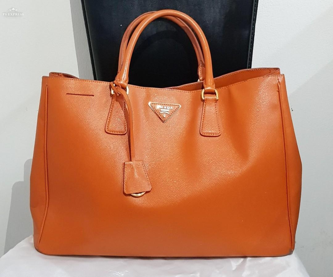PRADA Saffiano Lux Bag (100% Authentic) - Pre-Loved bfe213275c
