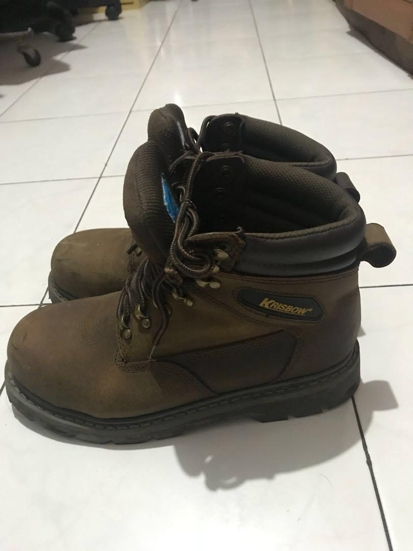 7356a6af6ce Safety Sheos Krisbow Vulcan, Men's Fashion, Men's Footwear, Boots on ...
