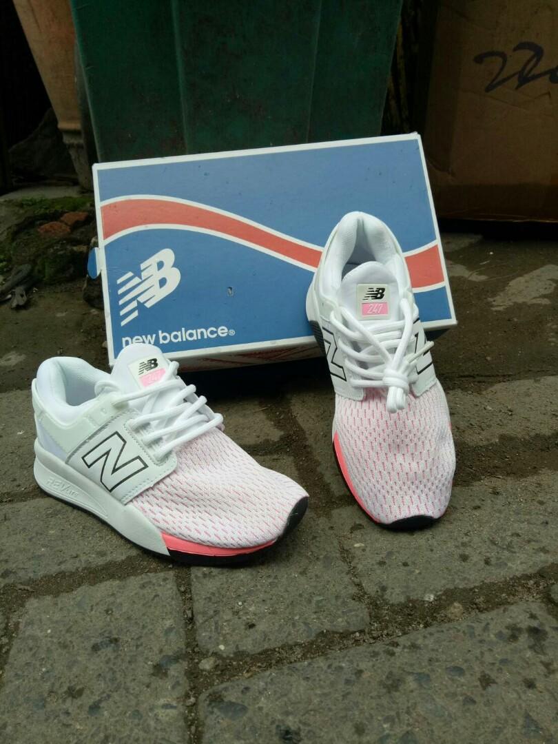 Sepatu New Balance 247 White Pink 5849207547