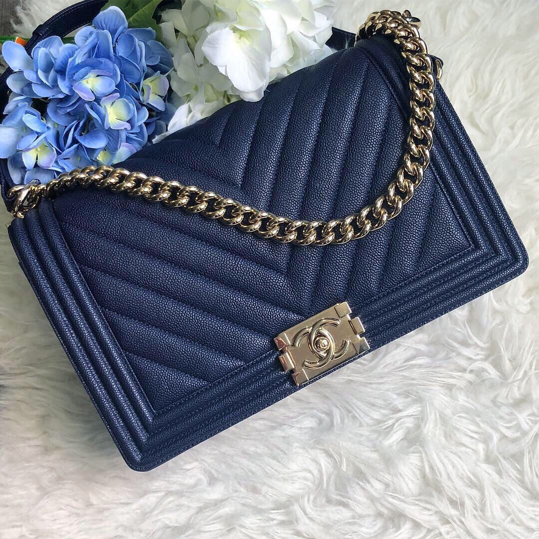 a9d75e16d3b1 ❌SOLD!❌ Good Deal!💙💙 Chanel New Medium Le Boy Flap in Navy Blue ...