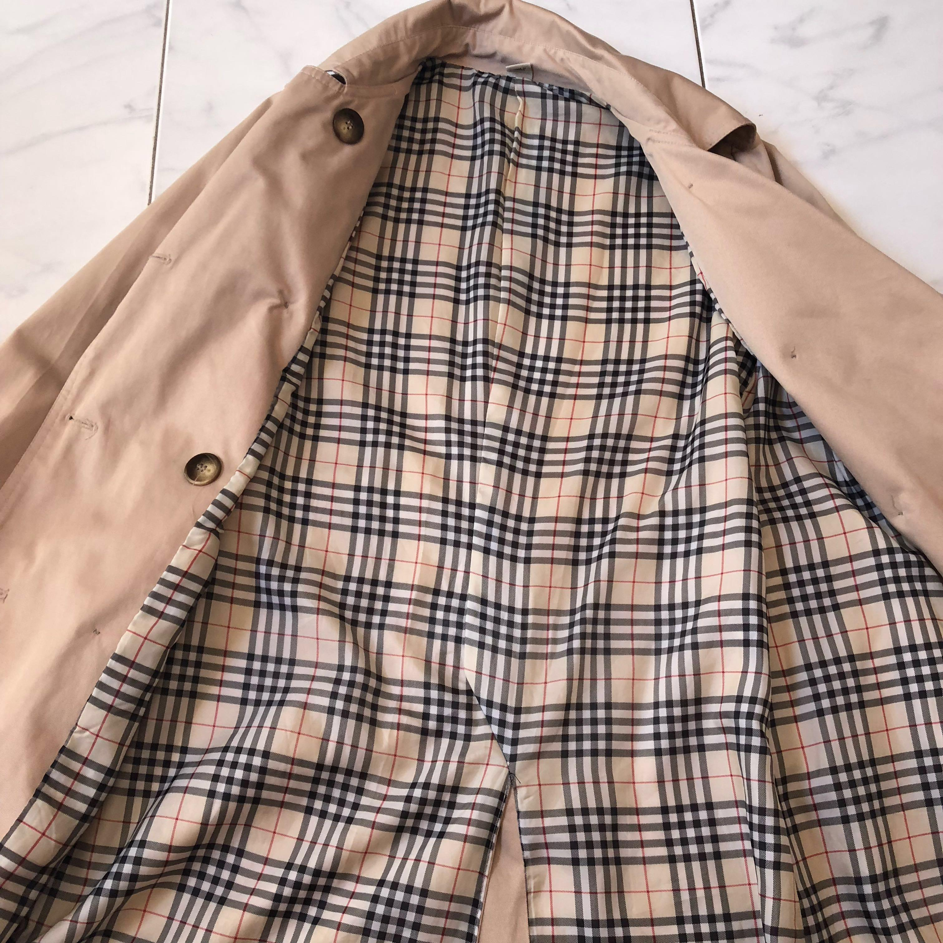 Trench coat checkered lining