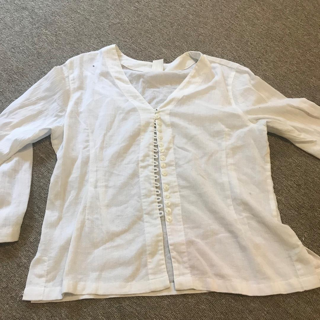 White long sleeved top