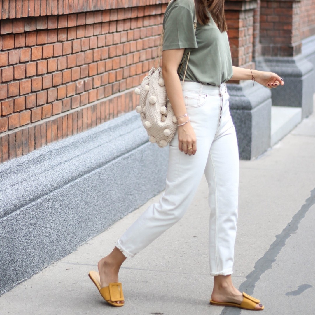 White mom jeans, Women s Fashion, Clothes, Pants, Jeans   Shorts on  Carousell fb4ad2e73278