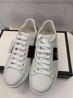 Gucci 小蜜蜂女鞋 Size 39.