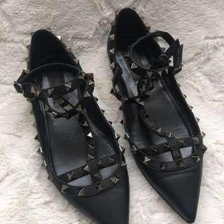 Authentic Valentino rockstud cage flats Size 36.5