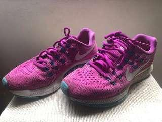 🚚 Authentic Nike Running Shoes