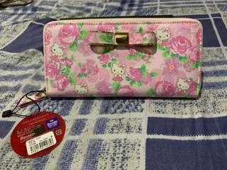 100% original from japan hello kitty floral wallet with tag price