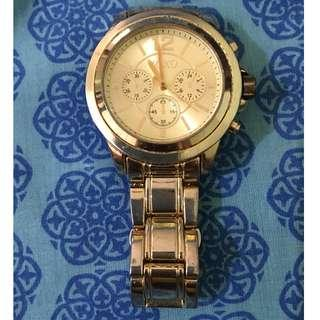 Preloved Watches - Xoxo