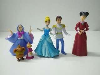 Cinderella and the figures, Set of 7.