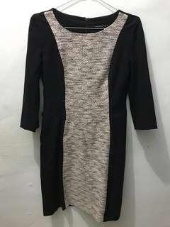 The Executive Black Dress, M