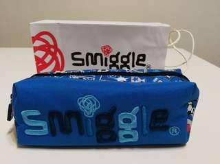 <<New>> Smiggle Pencil Case