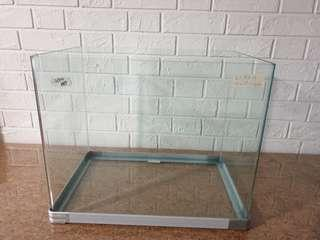 Fish Tank Clearing Sales