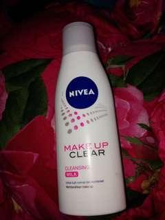 Nivea makeup clear