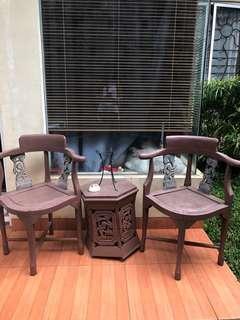 Kursi Kayu ukir (Kondisi apa adanya sesuai foto)