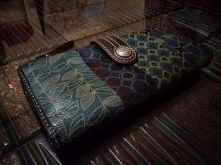 Dompet Fossil
