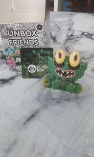 """TRADE"" Unbox Kaiju Crab"