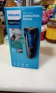 Philips S1030 Wet & Dry Shaver